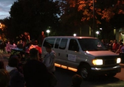 Nittany Mountain Trail Rides Pulling a Float in the PSU Homecoming Parade
